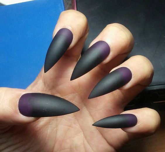 50+ Cool Stiletto Nails Designs To Try in 2019 + Tips; Cool stiletto nails; black stiletto nails; acrylic nails.